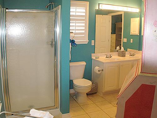 Sammy K Master Bathroom