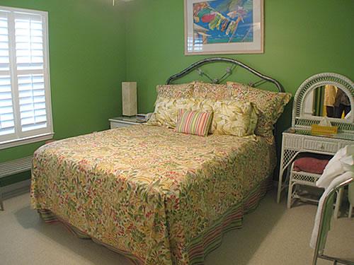 Sammy K Second Bedroom
